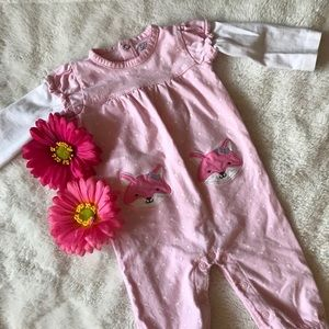 🎉5 for $20🎉Cute long sleeve carters romper